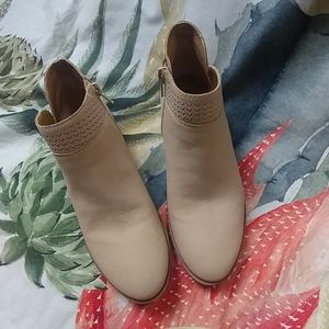 Lucky Brand shoes NWOT
